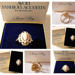 Avon Pink Coral Pearl Bead Size 7 Ring Gold Tone